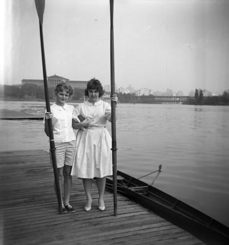 1958/59  (L-R) Veronica Socha, Bernadette Dubeck
