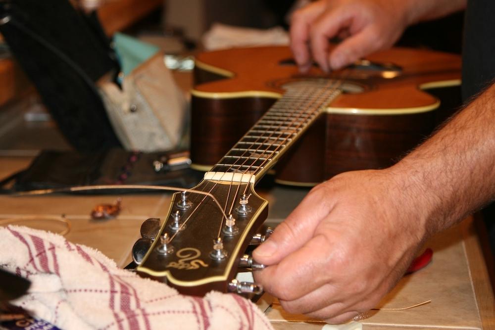 SC guitar-2.jpg