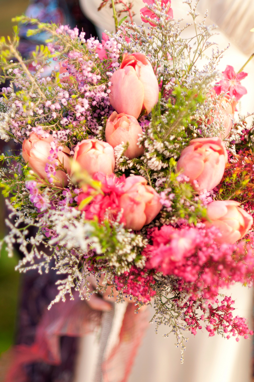 LGW_Spring_Wedding_Bouquet_Tulip_Heather_Boho.jpg