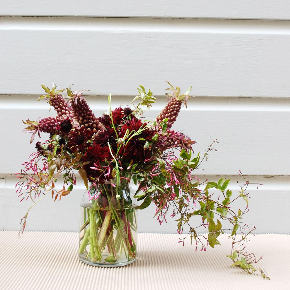 Flowers-jasmine-dahlia-scabiosa-00.jpg