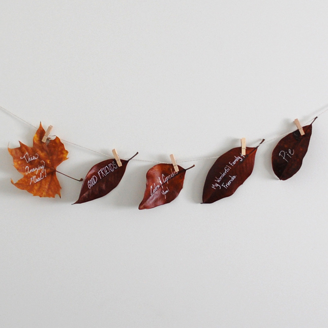 Thanksgiving-DIY-Leaf-Garland-03.jpg