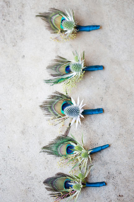 art-deco-boutonnieres-peacock-feathers.jpg