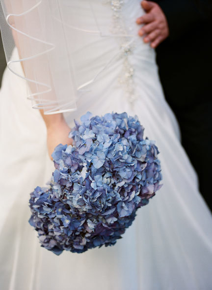 blue-hydrangea-art-deco-wedding-bouquet.jpg