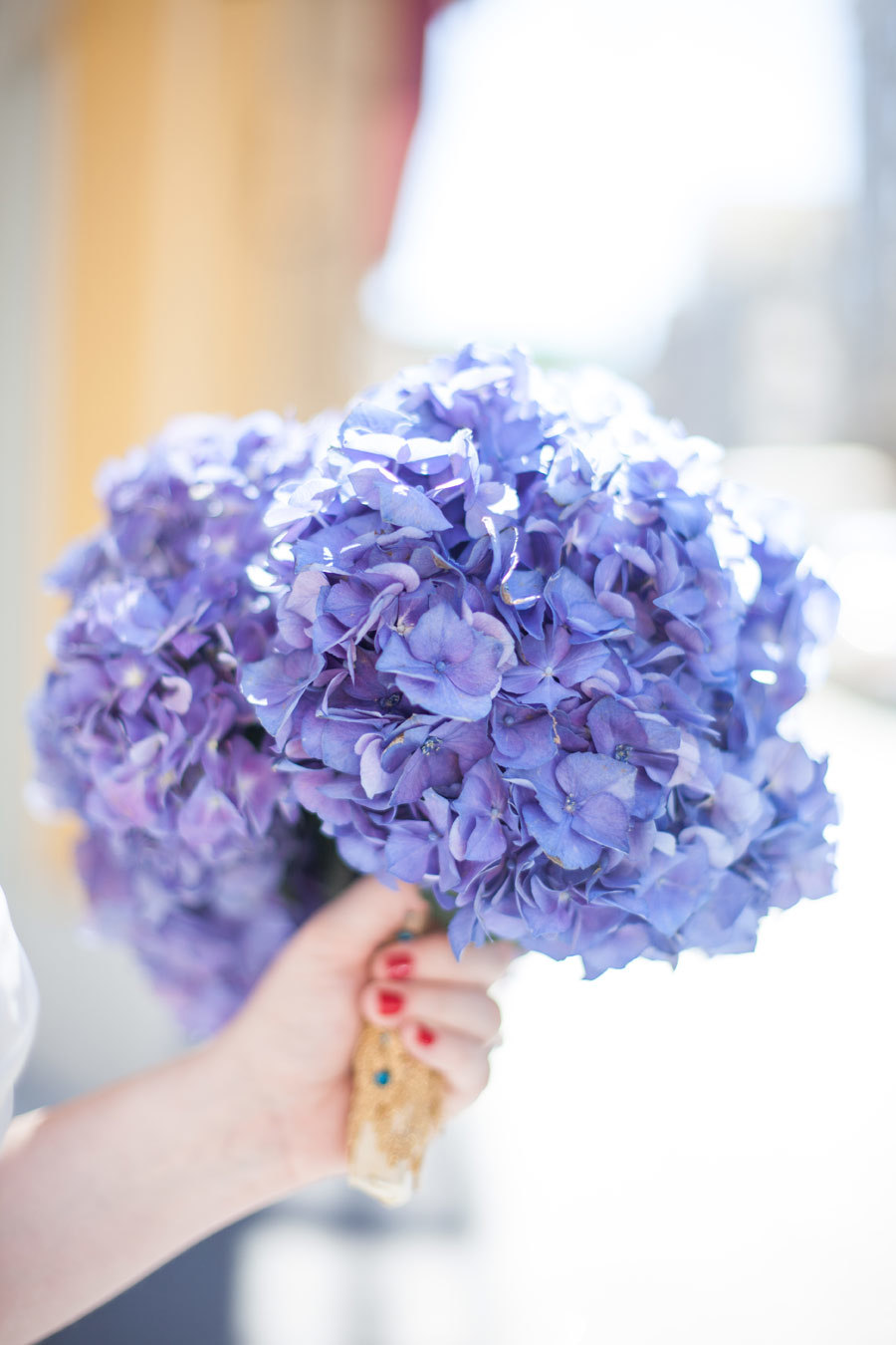 bridesmaid-blue-hydrangea-bouquet.jpg