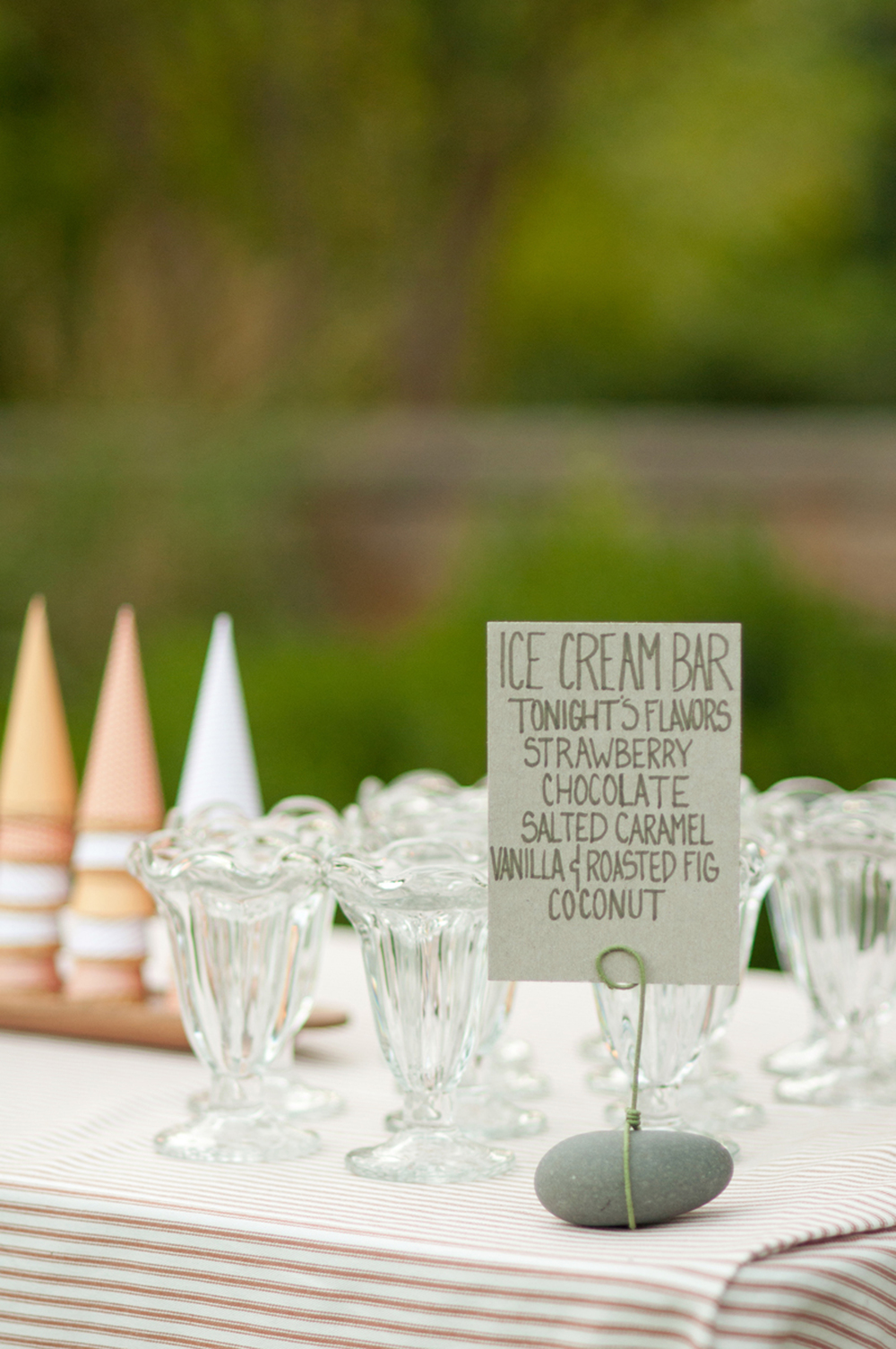ice-cream-station-wedding.jpg