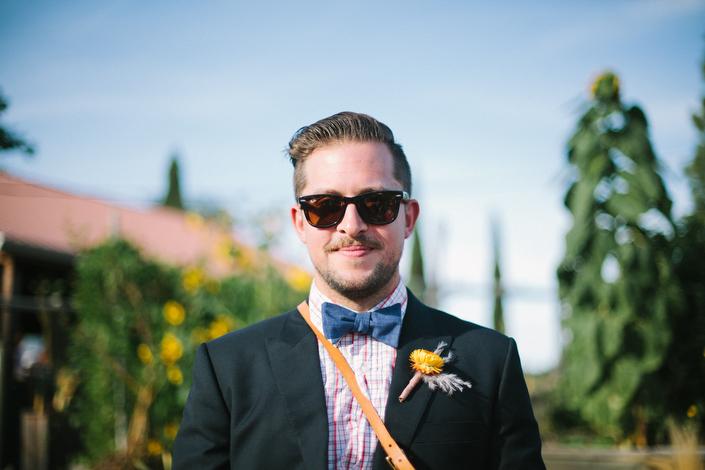 wearetheparsons-groomsmen-bright-boutonniere.jpg