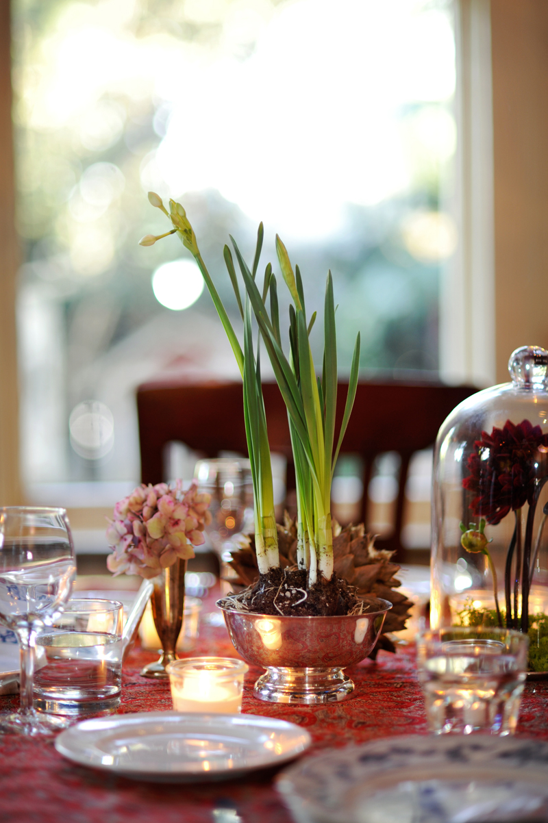 planted-paperwhites-wedding-centerpiece-lgw.jpg