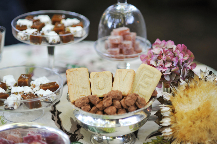 wedding-sweet-table-fall-wedding.jpg