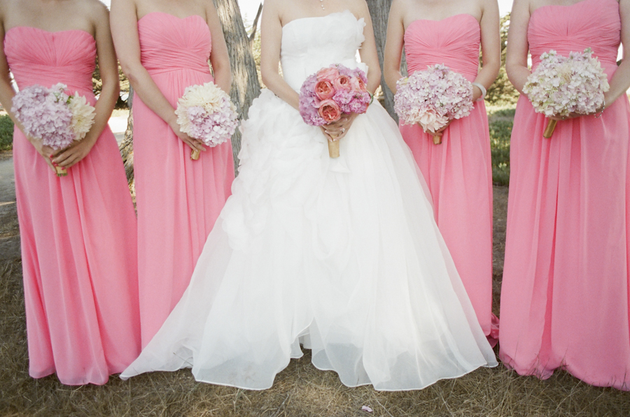 wedding-coral-bridal-party-dresses-bouquets-photojournalism-by-helios.jpg