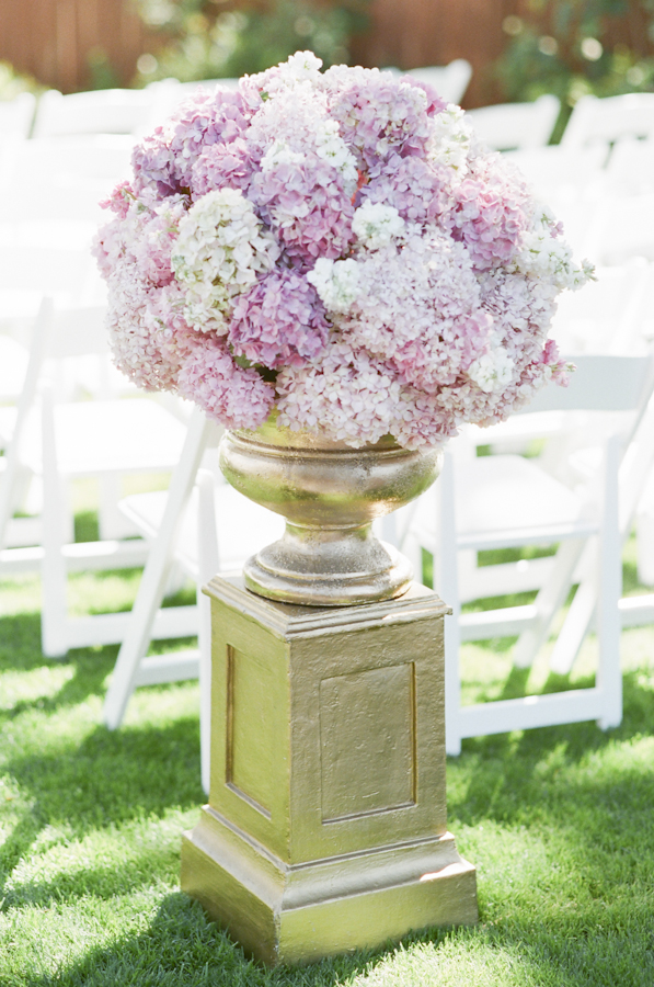 wedding-pink-hydrangea-gold-urn-ceremony-flowers-photojournalism-by-helios.jpg