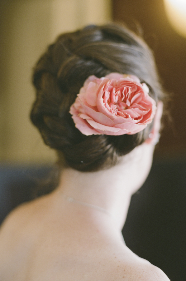 wedding-rose-bridal-hair-photojournalism-by-helios.jpg