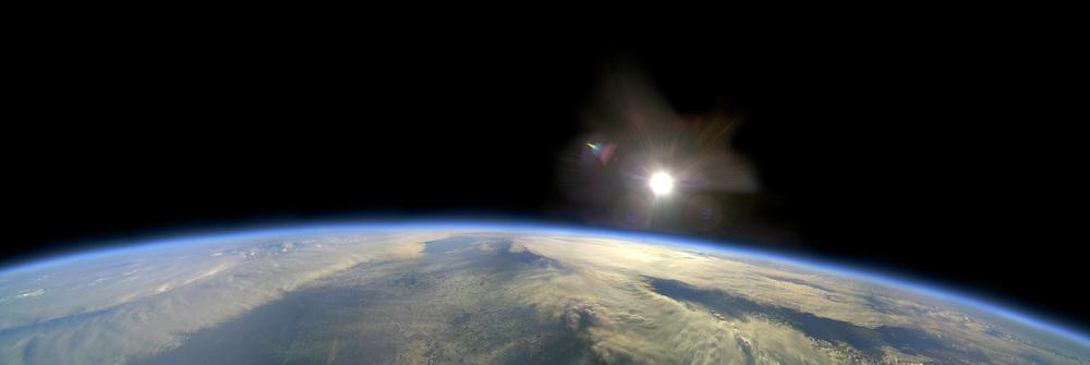 British amateurs captured this image of Earth from Near Space (Source: Alex Baker, Chris Rose via EPOD)