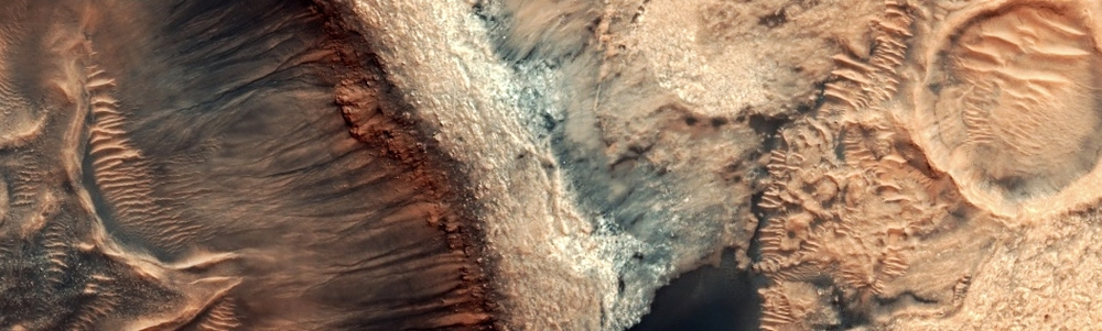 This image of the craters and dunes within the basin of Kaiser Crater is part of the HiRise April Data Release.  Credit:  Nasa/JPL-Caltech/University of Arizona
