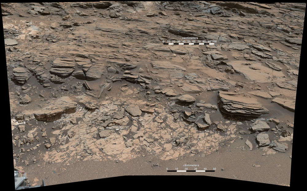 The darker sandstone overlays lighter mudstone in this image from Curiosity's Mast Cam. Credit: Nasa/JPL-Caltech/MSSS
