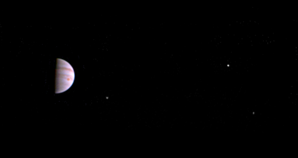 Ten days after arriving at Jupiter, Juno is already too far away to produce similar images. But during its close-approaches JunoCam's pictures will be amazing.  Credit: Nasa/JPL-Caltech/SwRI/MSSS