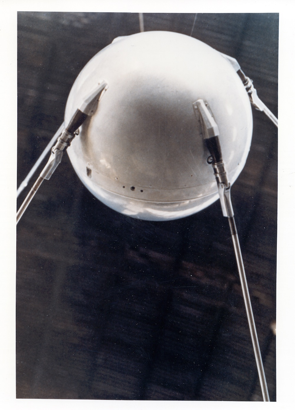 Few people outside the Soviet Union got this close to Sputnik. Amateur astronomers around the world, however, helped professionals track the world's first satellite. Source: Nasa