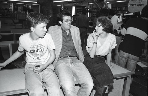 fuckyeahdirectors :     Anthony Michael Hall, John Hughes and Molly Ringwald on set of  Breakfast Club