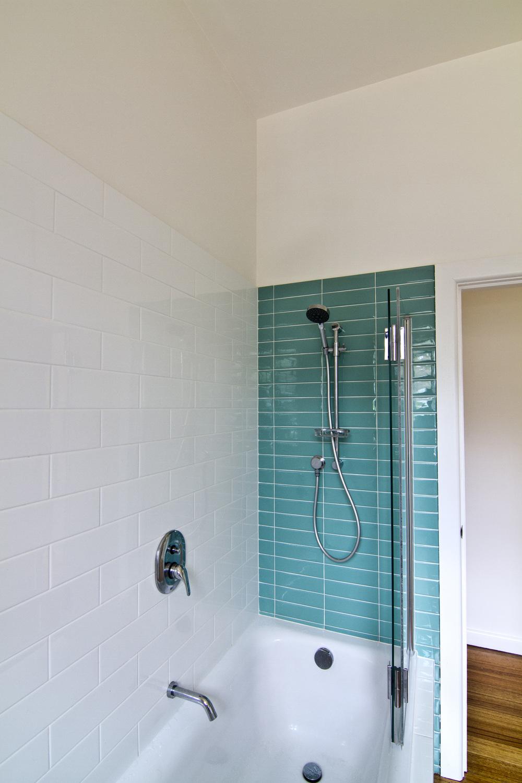 Neville - Bathroom 02.jpg