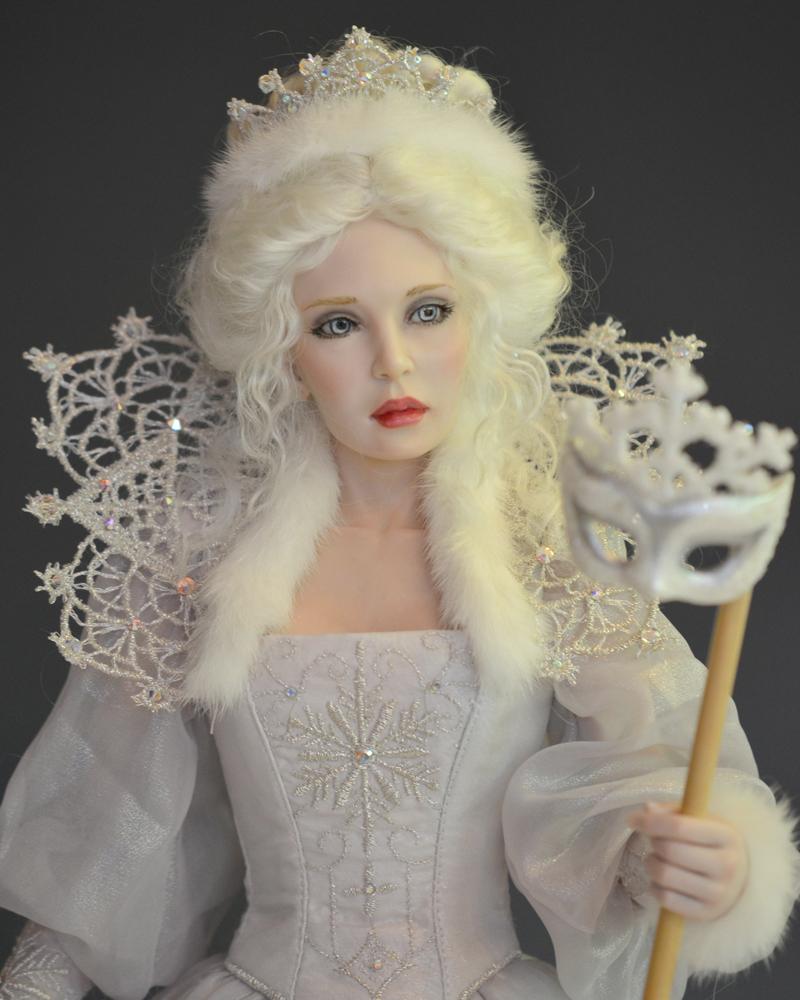 snow-queen-cu-300dpi.jpg