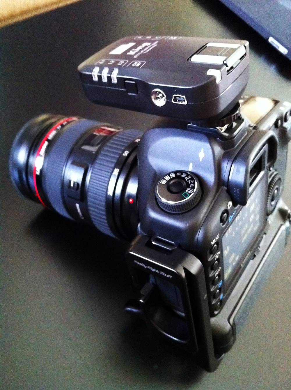 Pixel King E-TTL radio trigger attached to Canon 5D mark II