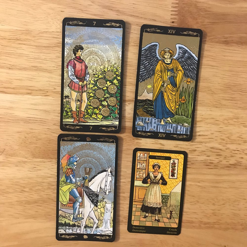 Decks used: Golden Universal Tarot and Gypsy Oracles, both by Lo Scarabeo