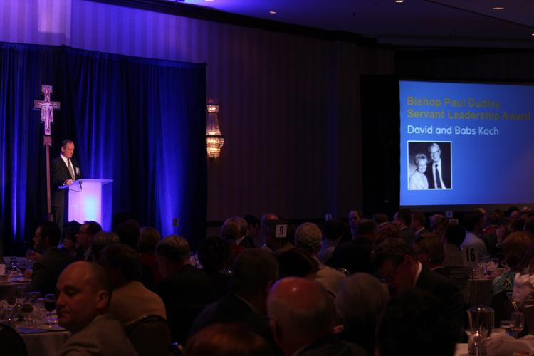 Gordy Presenting Dudley Award.jpg