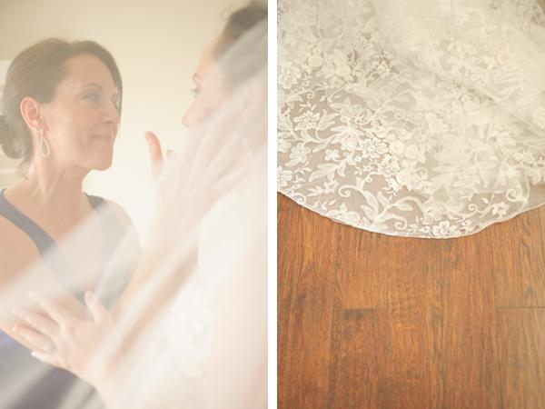 bride and her mother, weddingdress