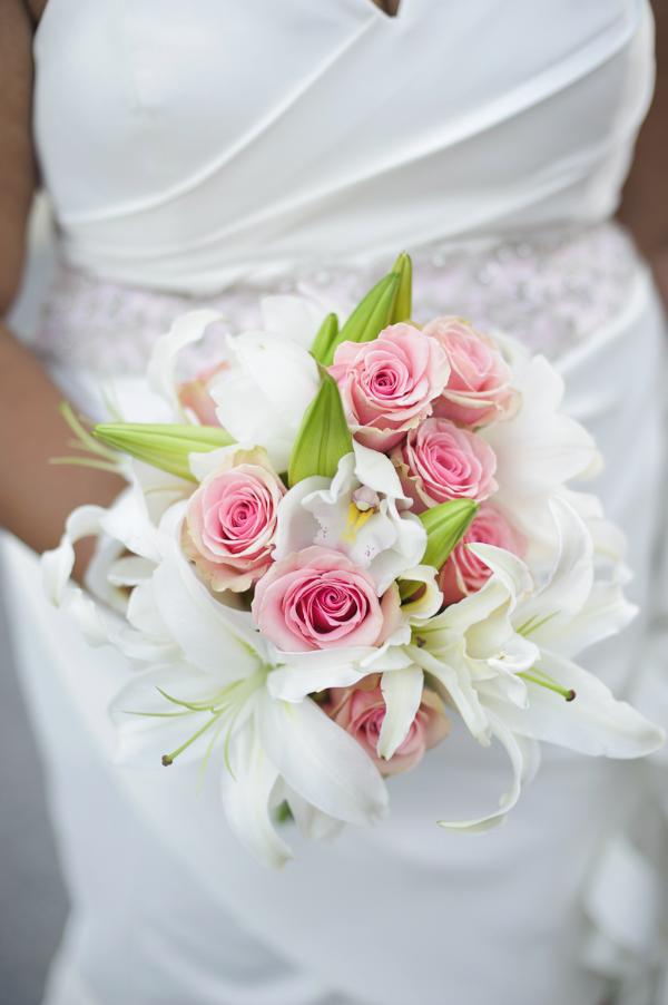 Bride's flower bouquet