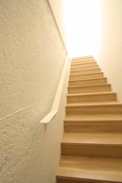 07-stair.jpg