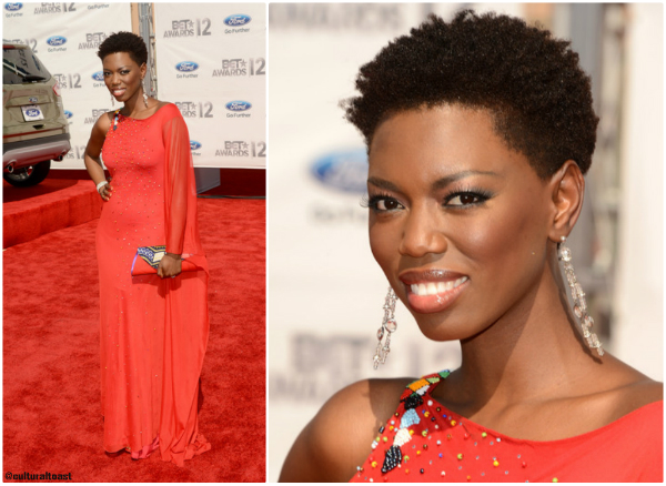 Who was your best dressed from the BET Awards 2012? We thought South African musician Lira looked stunning in this Sylvester Falata gown and Maria McCloy clutch. Other Maria McCloy goodies are available to buy from Johannesburg's Market on Main every Sunday. We'll be sure to check it out next time we're in Jozi!