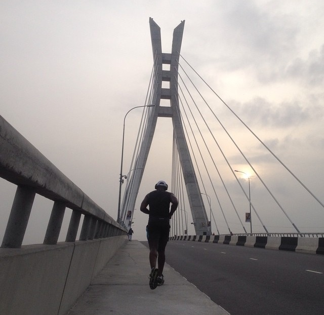 Nigerian hustle in action- lekki/ikoyi bridge