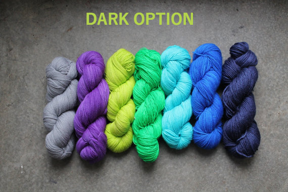 Dark Colour Scheme. Main Colour: Steel Grey. Contrast Colours: Heliotrope, Apple Green, Kelly Green, Rain Drop Blue, Royal Blue, Navy. Photo copyright RainCityKnits.