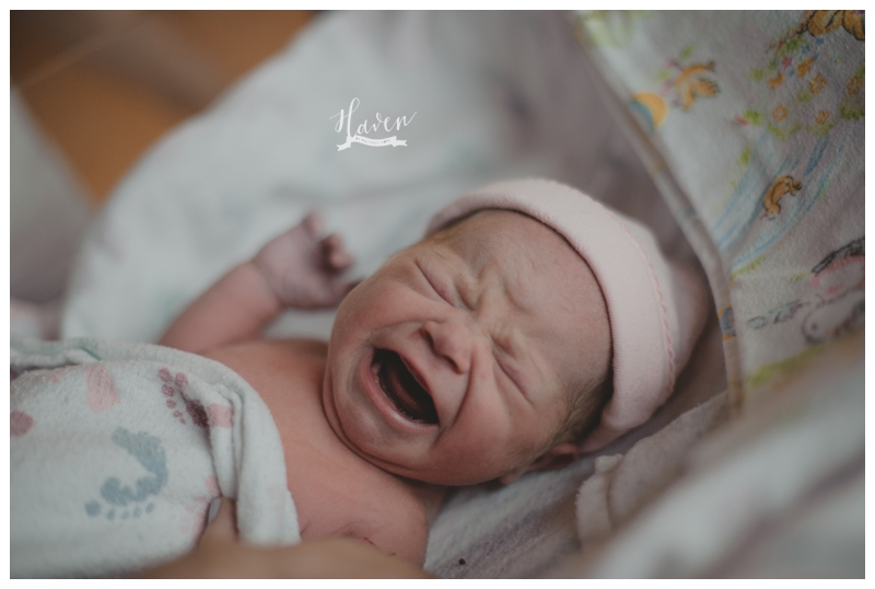 Newborn Baby Girl born in Denver Colorado by Haven Life & Photo and Rachael Hope