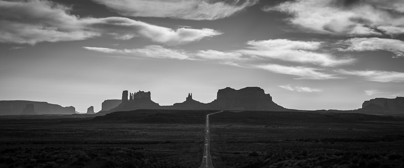 Monument Valley-Utah (Tim Williams) 001.jpg