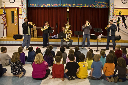 Impromptu Concert with Mirari Brass Quintet