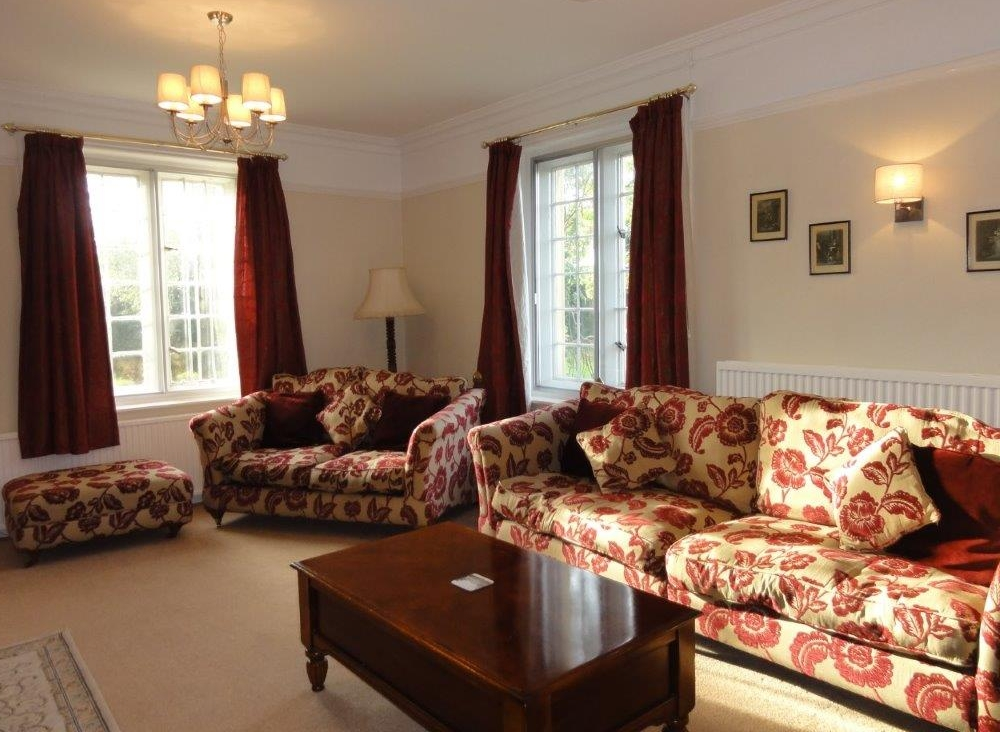 The Moretons Farmhouse sitting room