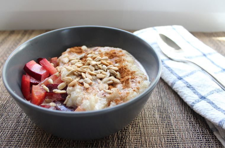Quinoa Flakes with Pluots and Cinnamon