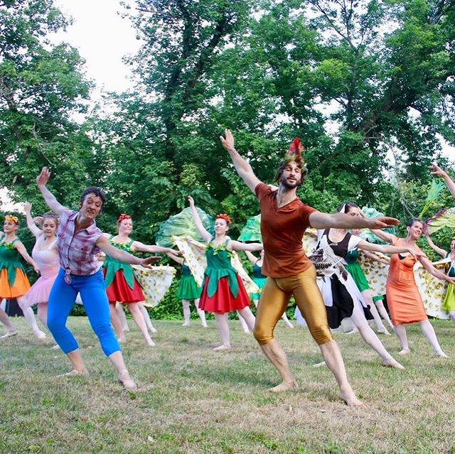 It's been over a week since @farmtoballet graced our fields with their awesome performance! There are still more shows throughout the summer at other farms around VT. Be sure to visit their site to catch a performance and support this creative community-minded endeavor that brings the best of Vermont to life with their showcase local food and local talent. #besteventofthesummer #farmtoballet #farmtotable #vermontlife #goodlife