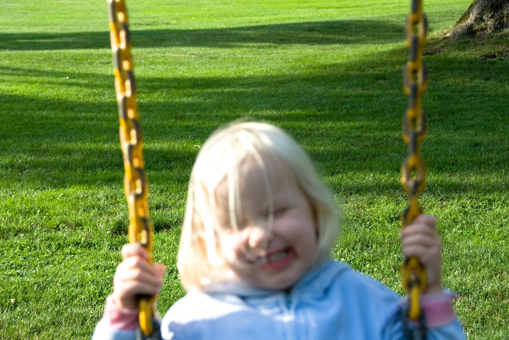 SwingOutOfFocus_15.jpg