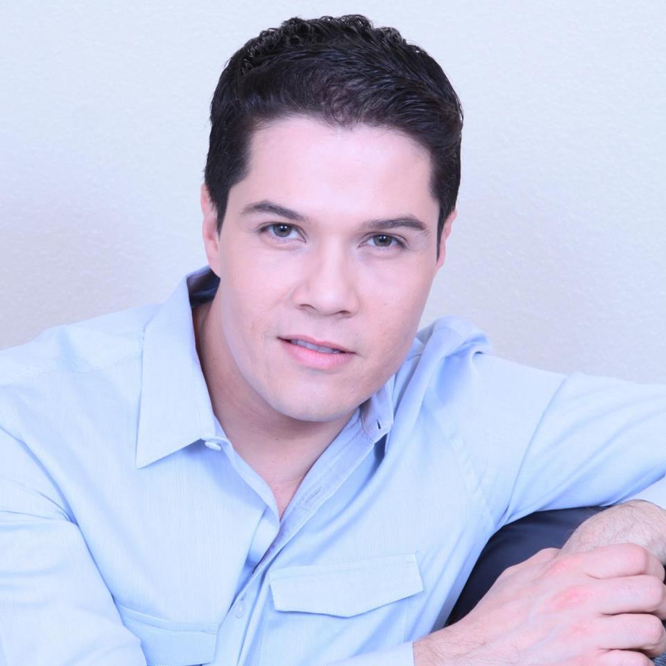 Gerardo Moreno.jpg