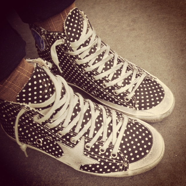 Golden Goose polka dots on my feet, feeling Francy!