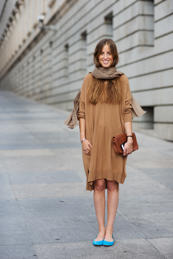 Neutrals with turquoise flats on the  Sartorialist .
