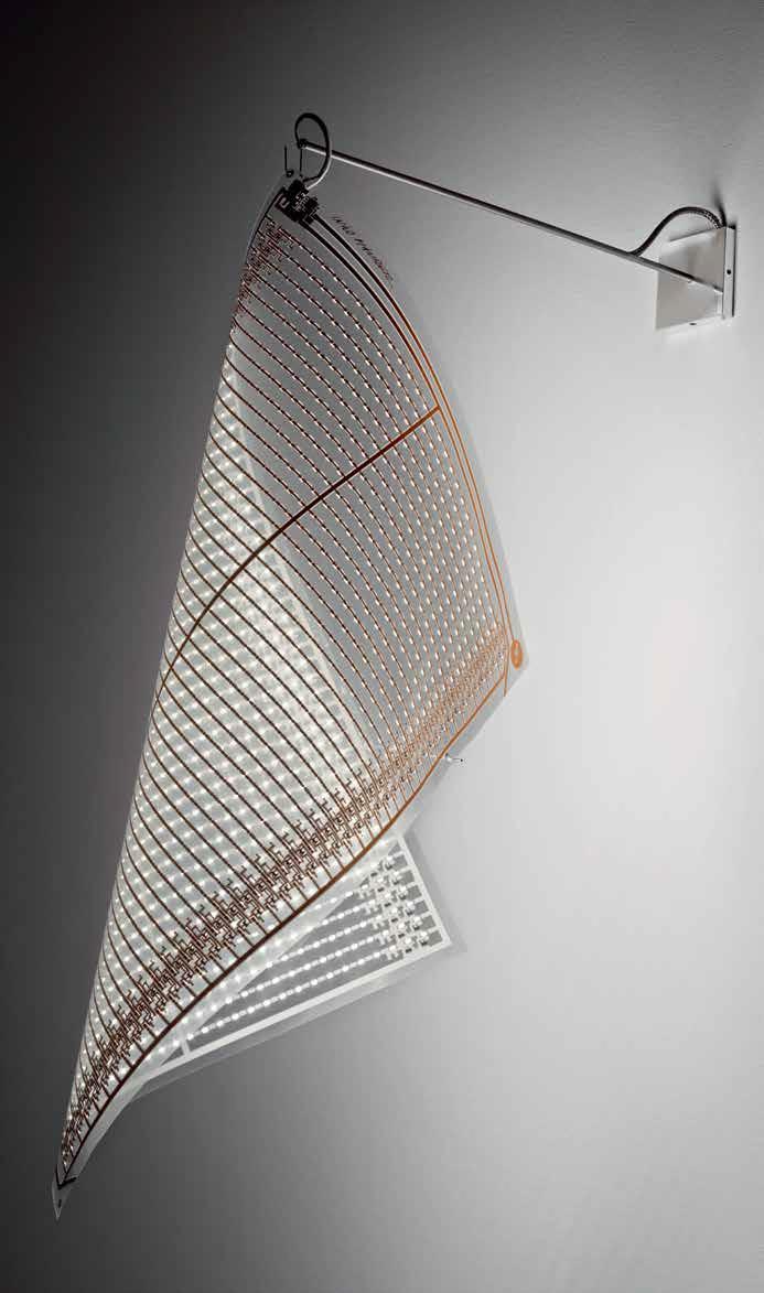 dew_drops_wall_lamp_ingo_maurer_3b.jpg