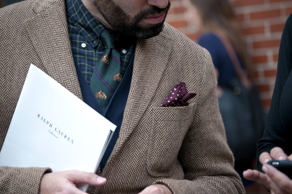 HORSES-ON-YOUR-TIE-TWEED-MEN-STYLE.jpg