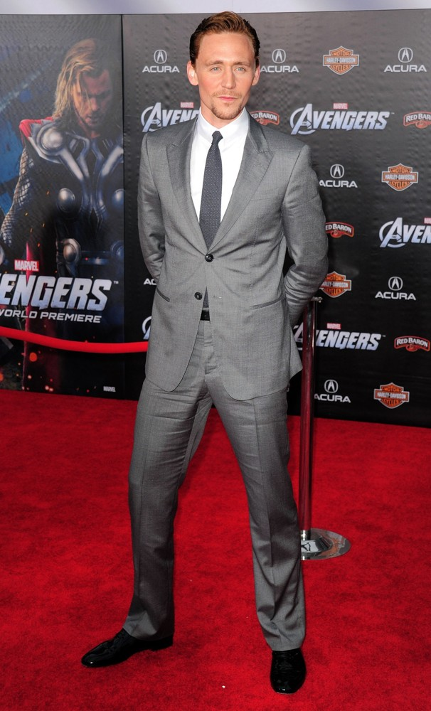 tom-hiddleston-premiere-the-avengers-01.jpg