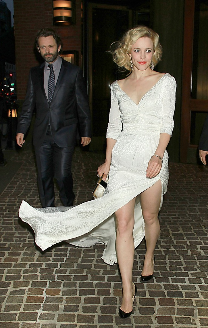 rachel-mcadams-midnight-paris-nyc-03.JPG