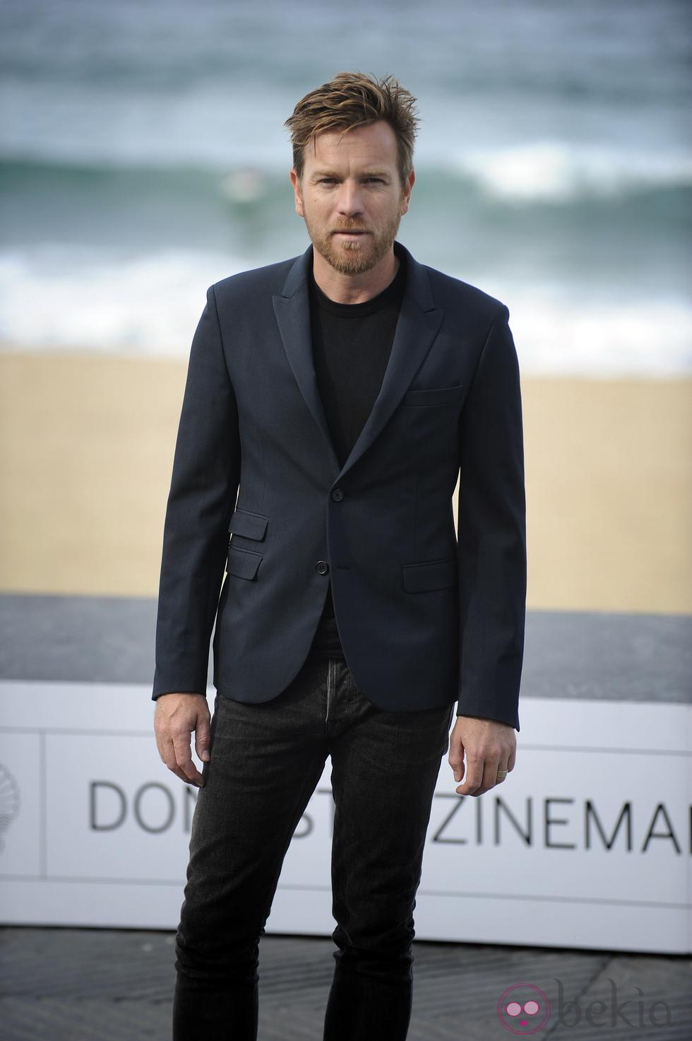 Ewan McGregor - Esquecido durante algns anos, em 2012 o ator escocês botou pra quebrar. Marcando presença em festivais e eventos não só de cinema, Ewan mostrou que a moda escocesa vai muito além dos kilts.