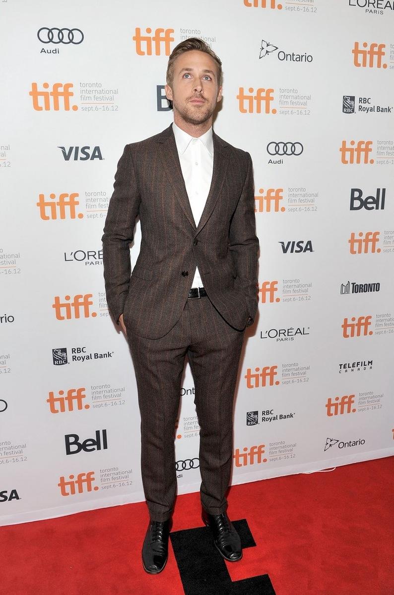 Ryan Gosling - Ao contrário de Ewan McGregor, o canadense viveu um ano bem abaixo do 2011 apoteótico, quando estampou todas as revistas, canecas e almofadas do mundo. Porém 2012 não foi tão ruim assim. Muito pelo contrário. Deu até para entrar na nossa lista.