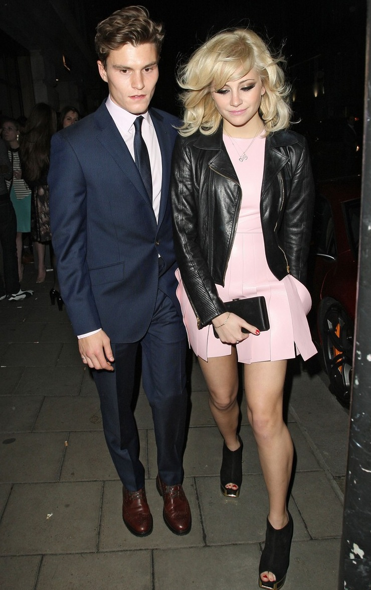 pixie-oliver-night-out-novikov-02.jpg