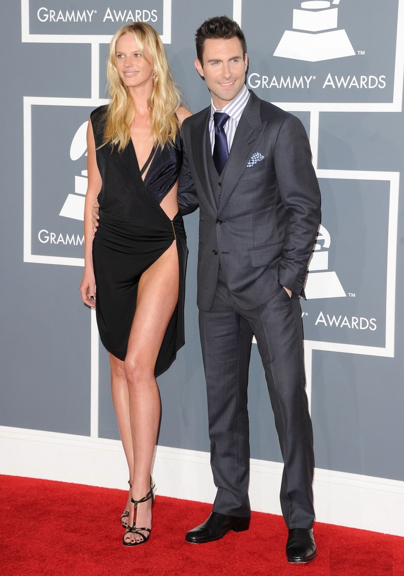 anne-v-adam-levine-2012-grammy-awards-02.jpg